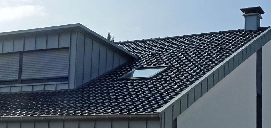 Dachrinne titanzink vorbewittert  Roschkowski Dachdecker Mönchengladbach Neuwerk